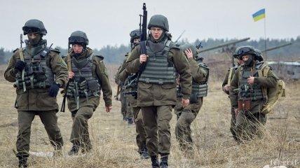 Президент наградил раненых и погибших в боях на Донбассе военных