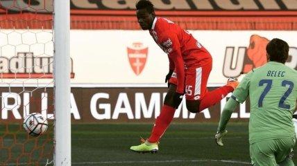 Похудевший Балотелли забил в дебютном матче в новой команде (видео)