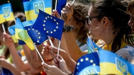 Россия сама оттолкнула украинцев: социолог объяснил фундаментальное изменение в сознании людей