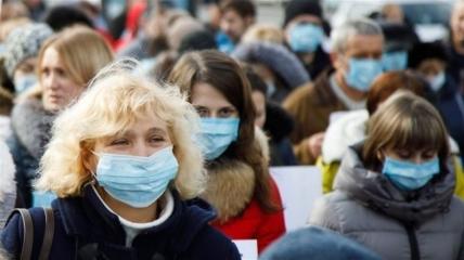 Украинцам ни в коем случае нельзя забывать о масках