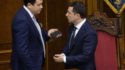 Разумков і Зеленський розсварилися через законопроект