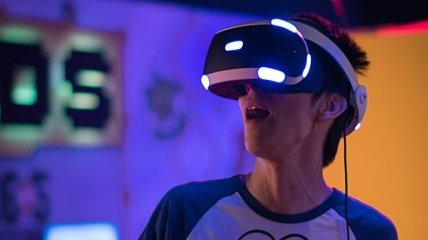 В пандемию киберсекс актуален как никогда: VR выводят на новый уровень в Британии