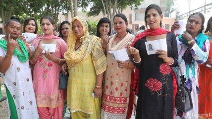 В Индии проходят крупнейшие в мире выборы