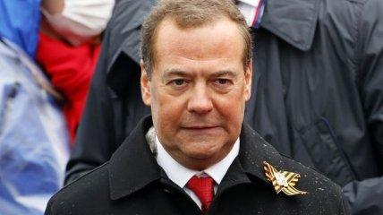 Дмитрий Медведев сейчас не имеет ни авторитета, ни политической силы