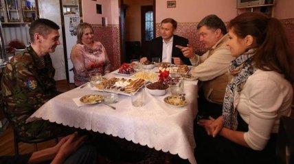 Президент посетил семью участника АТО