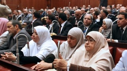 В Египте вновь созвали парламент