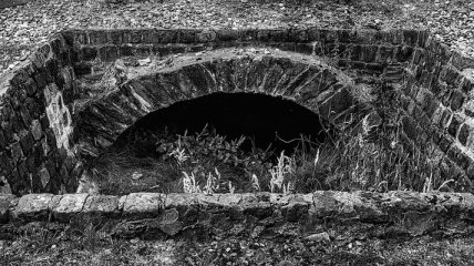 В одесских катакомбах нашли труп диггера: в сети показали фото 18+ с места ЧП