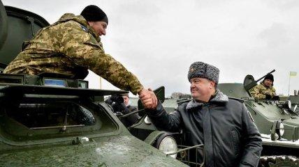 25 украинских военнослужащих получили госнаграды