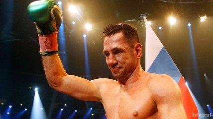 Известный боксер пошел под суд