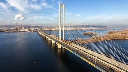 Киевский Южный мост на две недели останется без движения