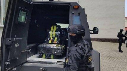 Полиция перекрыла канал поставки героина из Ирана в Европу через Крым (фото, видео)