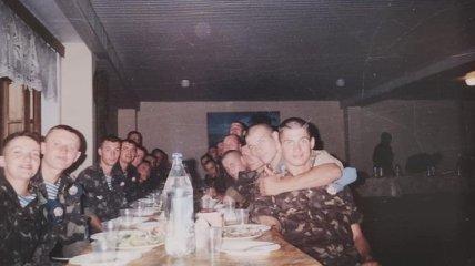 Надежда Савченко показала свое армейское фото 20-летней давности
