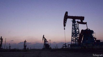 Цена нефти Brent упала ниже $53 за баррель