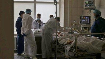 """В одной из """"красных"""" областей Украины уже переполнены три больницы: что там сейчас происходит"""