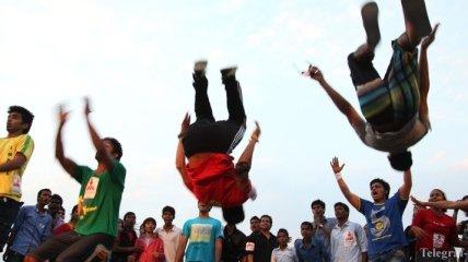 Забавные танцы людей, когда никто не смотрит (Видео)