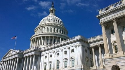 В Сенате США критикуют Белый дом за промедление с законом о санкциях против России