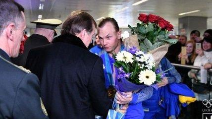 Олимпийская сборная вернулась в Украину