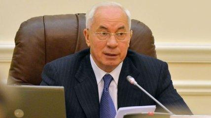 Азаров сегодня соберет чиновников на заседание