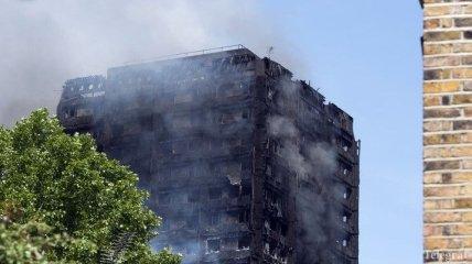 Пожар в Лондоне: число жертв возросло