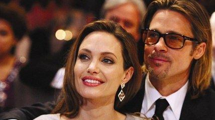 СМИ: Анджелина Джоли и Бред Питт помирились ради старшей дочери