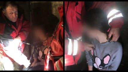 Заковали в ошейник со сломанным замком: девушка застряла в квест-комнате в Киеве (фото)