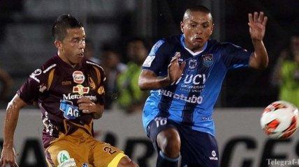 Карате в исполнении перуанского футболиста (Видео)