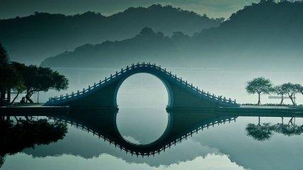 Уникальный нефритовый Лунный мост (Фото)