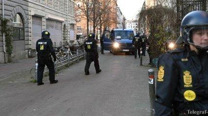 """Неизвестные в Дании отправили компаниям письма с """"опасным"""" порошком и угрозами"""