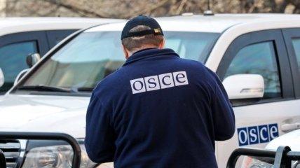 Наблюдатели ОБСЕ зафиксировали ряд взрывов в Донецке и Песках
