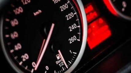 BMW и Porsche создали скоростную зарядку электромобилей