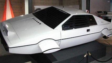 Илон Маск рассказал о создании автомобиля-субмарины из фильма о Бонде