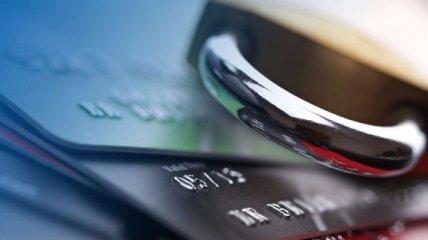 Счета украинцев начали арестовывать за долги, дальше хотят принудительно снимать средства