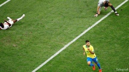 Вратарь Перу оконфузился перед Фирмино на Кубке Америки (Видео)