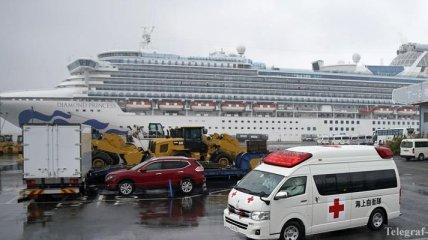 """""""Зараженный"""" лайнер у берегов Японии: умер еще один пассажир"""