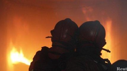 Маленький мальчик чуть не погиб в пожаре: его спас милиционер