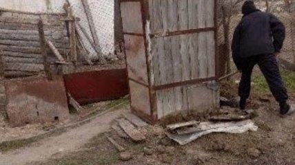 Под Херсоном в уличном туалете нашли мертвого младенца: экспертиза показала важную деталь (фото)