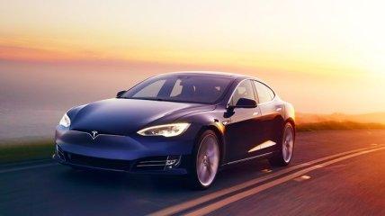 Официально: Tesla Model S - первый в мире электрокар с запасом хода более 643 км
