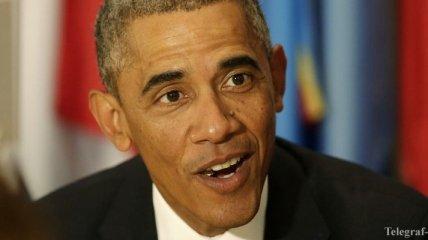 Барак Обама не смог расплатиться в ресторане кредиткой