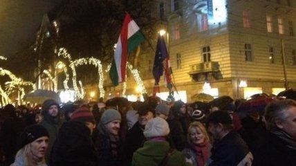 В Венгрии протестуют против сближения с Россией