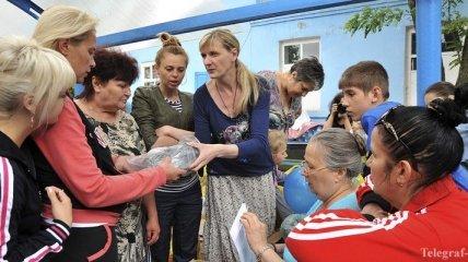 Из зоны АТО переселено уже 10 тысяч человек