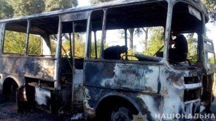 В Сумской области на автодороге загорелся автобус с 20 детьми и педагогами