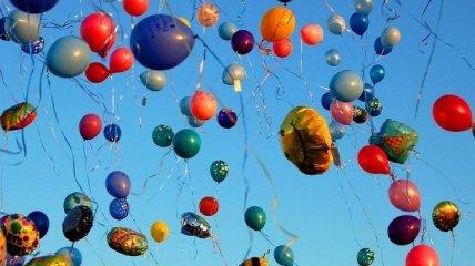 Поздравления с Днем Рождения сына 4 марта: стихи и открытки