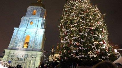 На Софийской площади Киева Новый год встречали около 40 тысяч людей