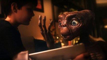 """Типа сиквел: герои """"Инопланетянина"""" Стивена Спилберга снова вместе (Видео)"""