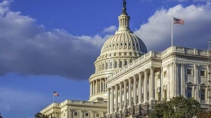 """Американские сенаторы требуют от администрации Байдена ввести санкции против """"Северного потока-2"""""""
