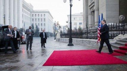 Порошенко и Байден проводят переговоры в Киеве