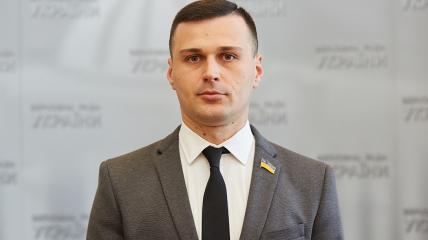 Александр Колтунович: Виктор Медведчук год назад подал законопроект о деолигархизации, и он, в отличие от президентского, о реальной демонополизации рынков