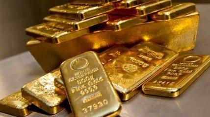 Золото может взлететь до $5 тысяч за унцию: стоит ли украинцам вкладываться в желтый металл?