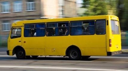 ЧП случилось в Днепре в маршрутке 136, водитель которой пытался выгнать пенсионерку