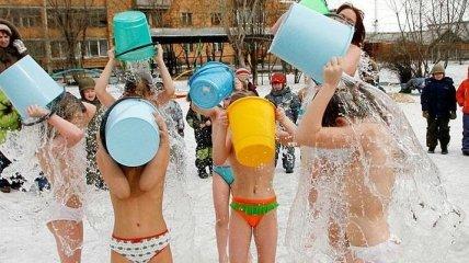 Основные правила того, как правильного закаляться зимой